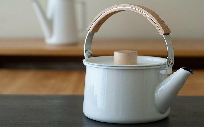 Kak_effektivno_ochistit_nakip_v_chaynike_Как эффективно очистить накипь в чайнике