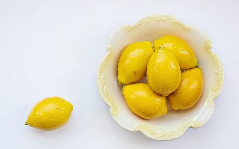 Kak_udalit_nakip_v_chaynike_limonom_Как удалить накипь в чайнике с помощью лимона