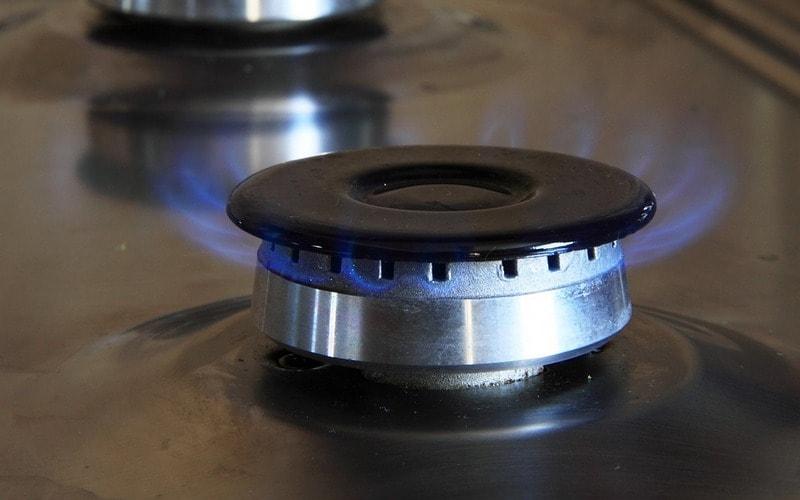 Как почистить газовую конфорку от жира и нагара