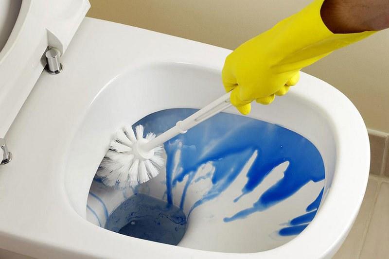 Как очистить унитаз от ржавчины
