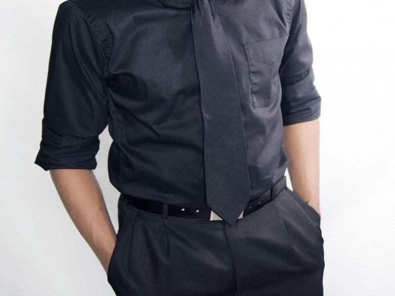 Стирка черной одежды вручную