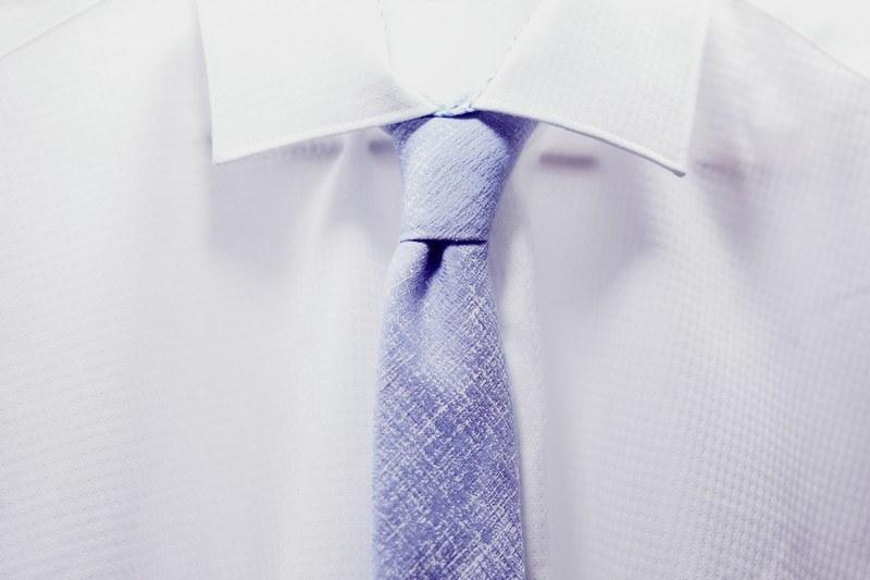 Как отбелить воротник белой рубашки