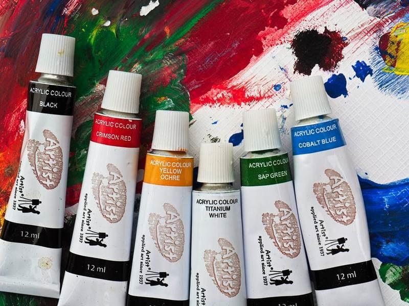 Как отстирать акриловую краску