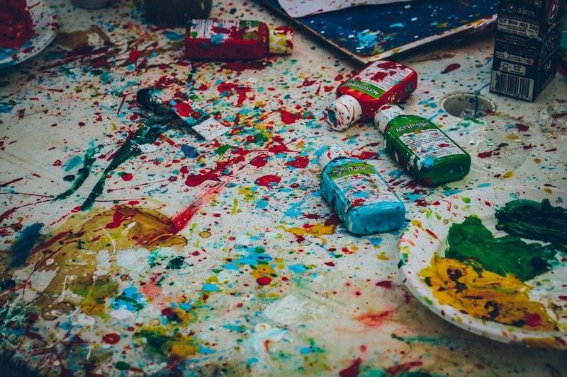 Как отстирать масляную краску