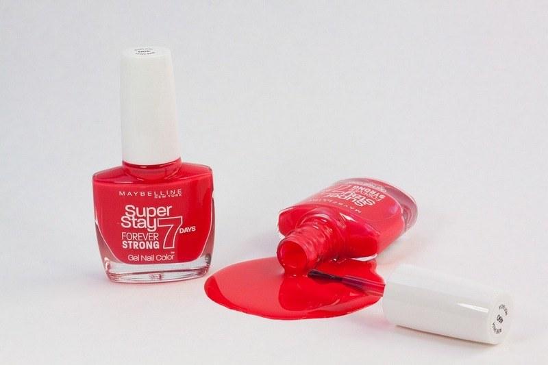 Как вывести лак для ногтей с ткани