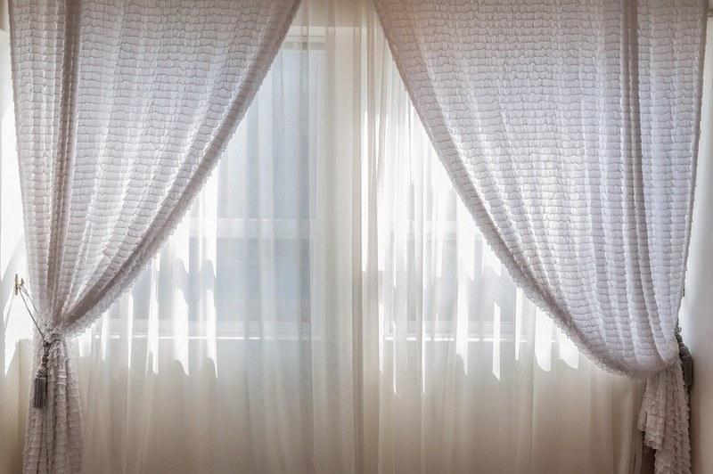 Как стирать тюль и шторы
