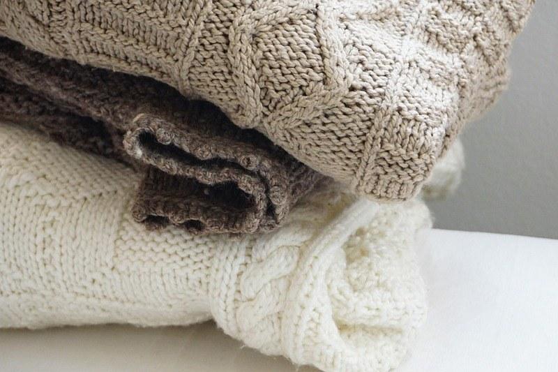 Вязаные свитера из шерсти