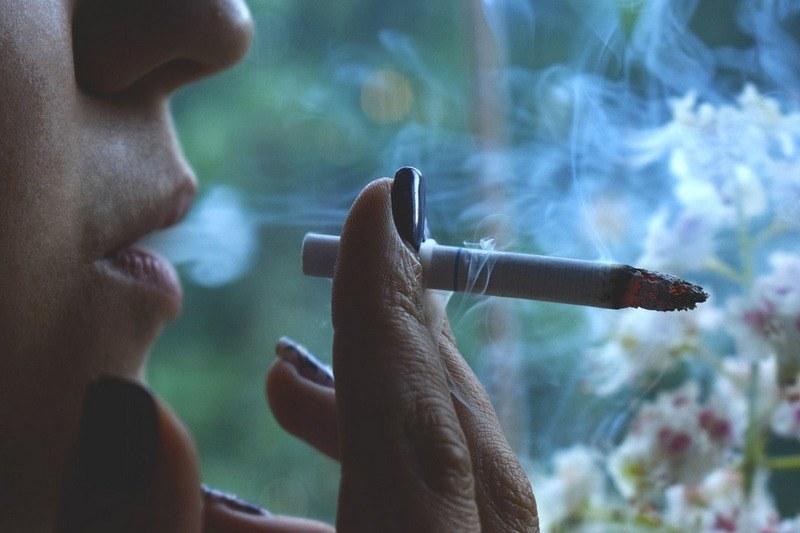 Запах сигарет в квартире