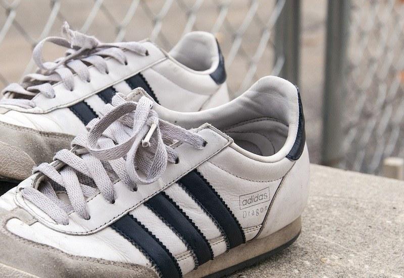 Как удалить запах плесени в кроссовках