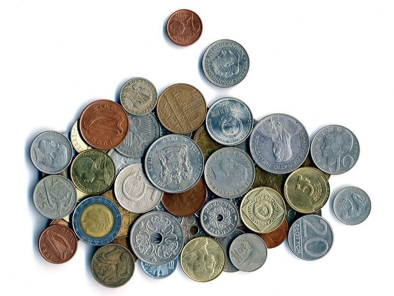 Чистят ли старинные монеты