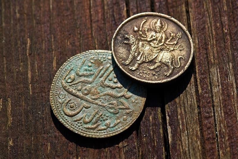 Очистка старинных монет