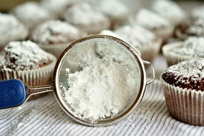 Сколько грамм сахарной пудры в стакане