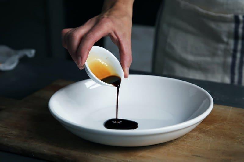 Сколько грамм соевого соуса в столовой ложке
